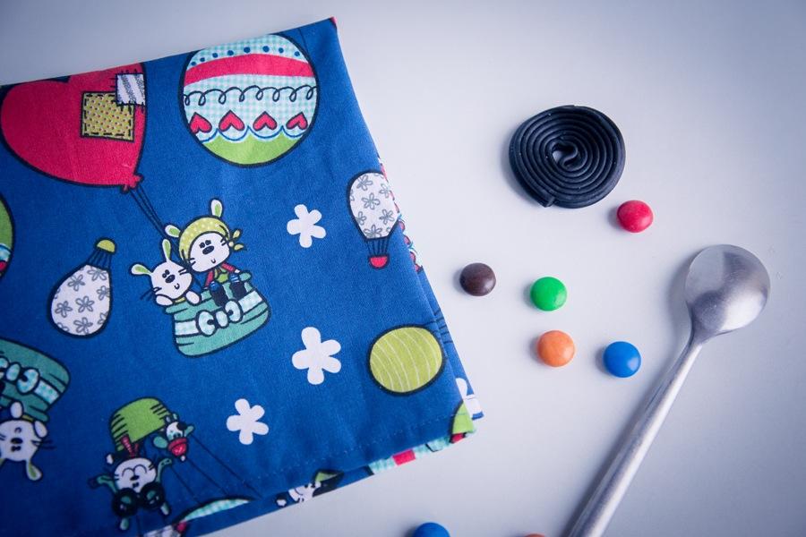 la serviette de table enfant les cr ations couture de dodynette. Black Bedroom Furniture Sets. Home Design Ideas