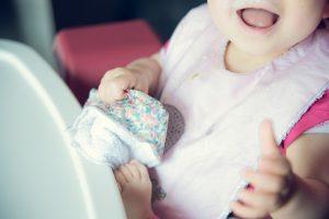 debarbouiller bebe après repas lingette lavable