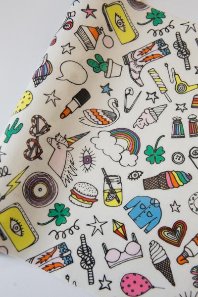 coupon enduit icones multicolores rico design licorne